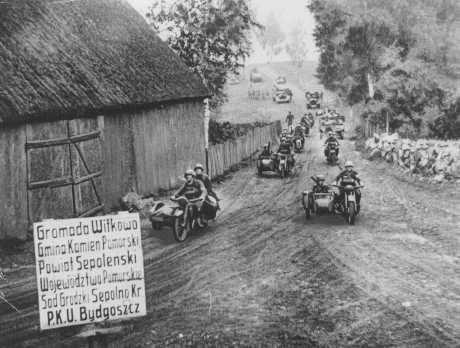germanys invasion of poland essay